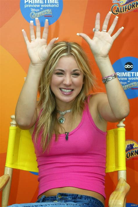 Kaley Cuoco Belly and Body: ABC Primetime Preview Weekend