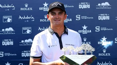 Christiaan Bezuidenhout completes six-shot victory at