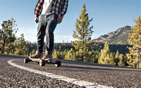 The Best Electric Skateboards of 2019   TechGearLab