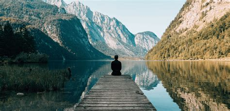 Practicing Self-Reflection to Overcome Loneliness in