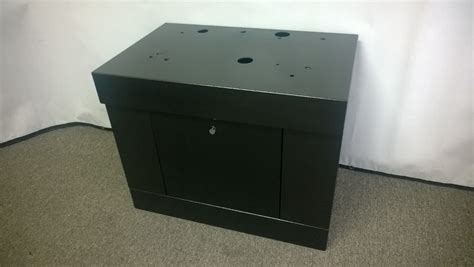 BLACK ALL SQUARE TOP SLOT MACHINE STAND - BASE WITH LOCK