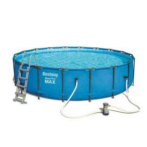 Large inflatable pool with ladder and water filter   IDFdesign