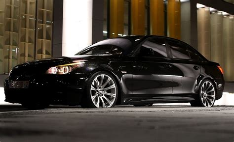 Bmw E60 535 - reviews, prices, ratings with various photos